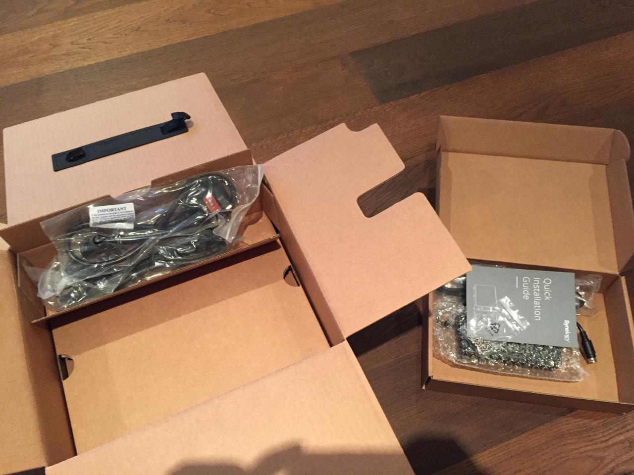 群晖 synology DS916+ 8GB 开箱